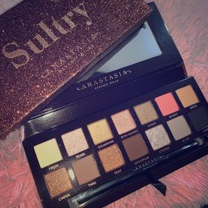 ANASTASIA SULTRY PALETTE BRAND NEW WITH BOX!